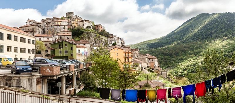 Vista di Caselle in Pittari